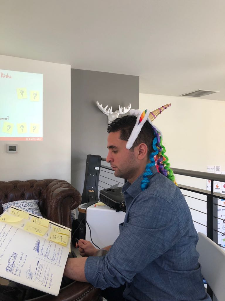 Is Brantu the next Unicorn? - Co-founder Mohamed wins a promising prize during a lean startup workshop with Kromatic held by Nick Norena.