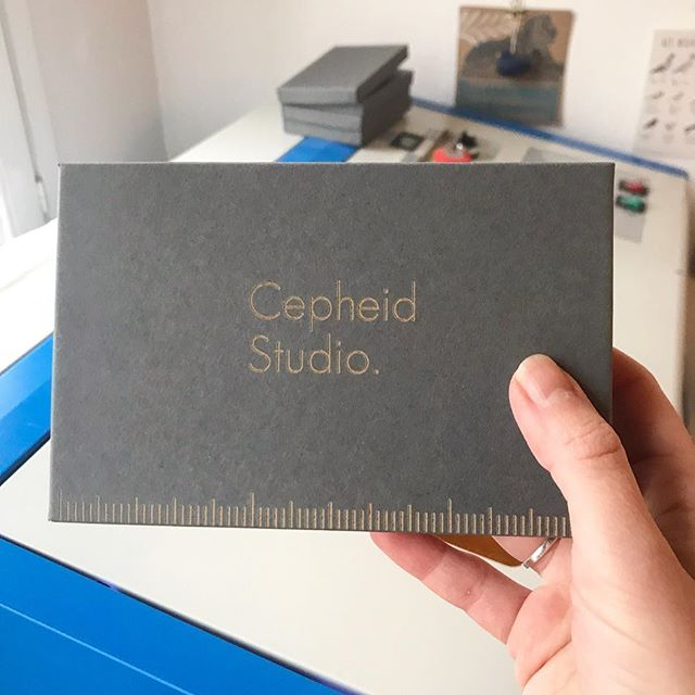 I'm always striving to do as much in-house (or should that be 'in-apartment'?) as I can. I used to get my logo foil stamped onto my boxes by another company, but for my rebrand I'm etching the logos on myself. This is great for another reason too - I'm not using foil now, so the boxes can be recycled or decomposed in your friendly neighborhood lombricomposteur (worm bin). Small changes add up 🤘🏻 P.S. the boxes themselves are also made from 98% recycled materials • • • #cepheidstudio #lombricompost #wormbin #environmentallyconscious #recyclablepackaging #recycledpackaging #ecoconscious #smallbusiness #tryingmybest #smallchangesbigresults