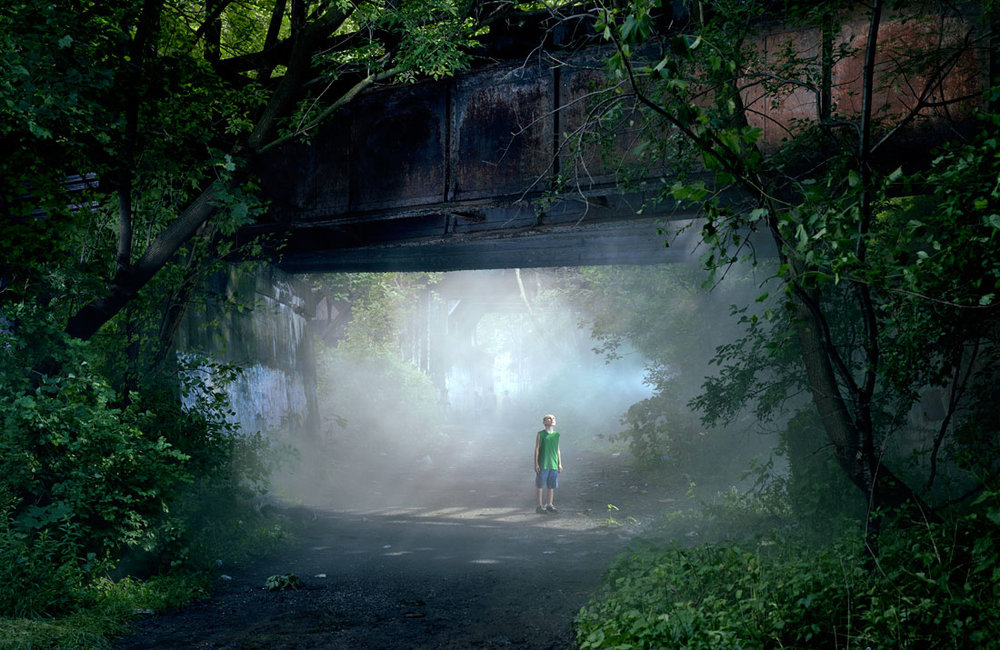 gregory-crewdson-untitled-shane-e28098beneath-the-roses_-2006.jpg
