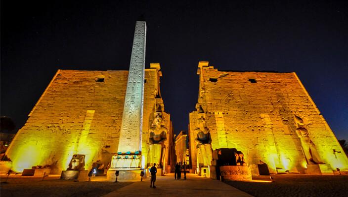 Templo_Luxor_Egipto.jpg