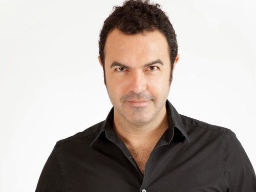 Last January 18th, Pablo Mielgo conducted one of the best Spanish baritones in our days. Simon Orfila sung the principal highlights of the Opera. Pieces by Verdi, Donizetti, Rossini and Mozart. The concert took place at the Palacio de Congresos in Palma with the OSIB. -