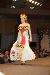The Queen of Hearts by Larry Moss and Kelly Cheatle appeared in the Las Vegas Balloon Couture Fashion Show in 2008.