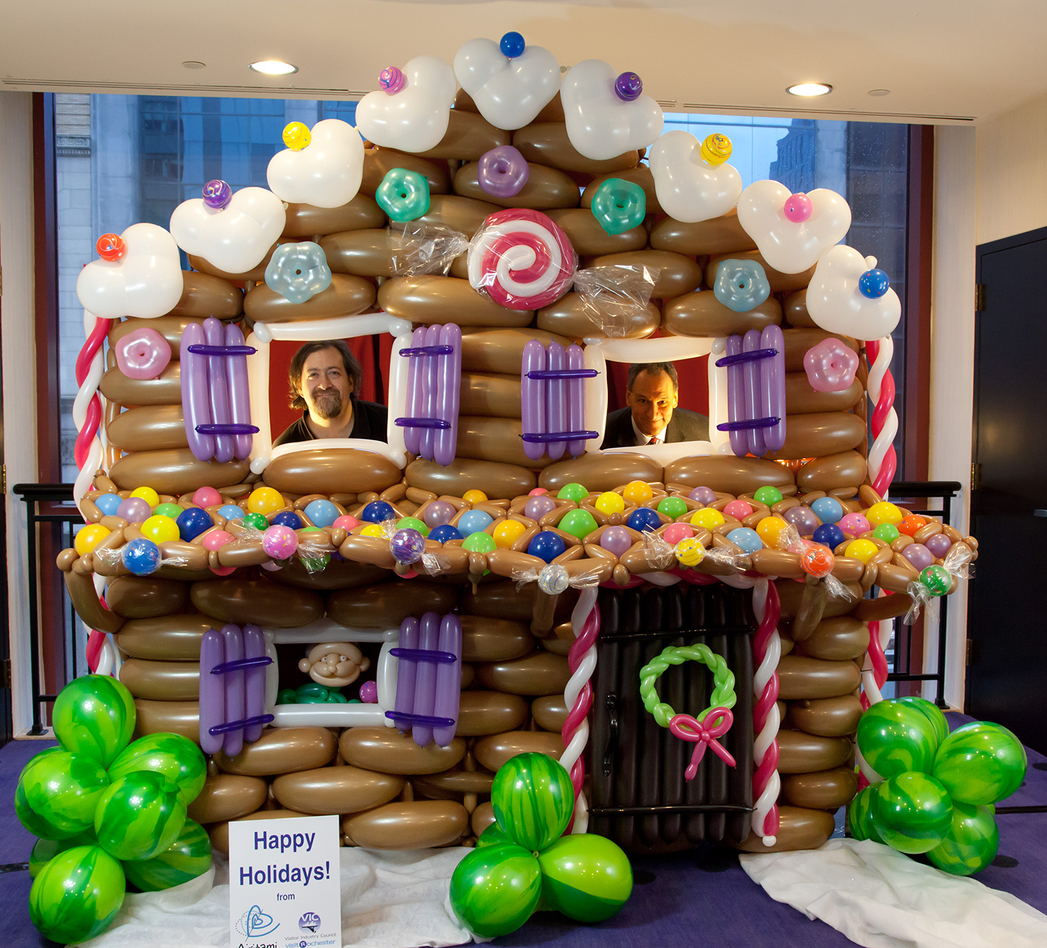 Airigami gingerbread house