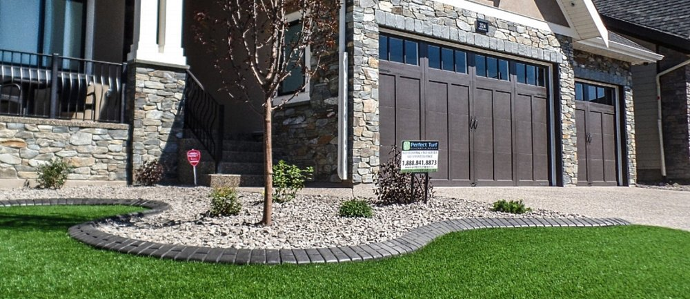Artificial Turf Canada _ Perfect Turf _ Calgary _ Vancouver _ 040 _ Residential turf.jpg