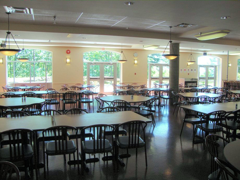 cafeteria2.jpg