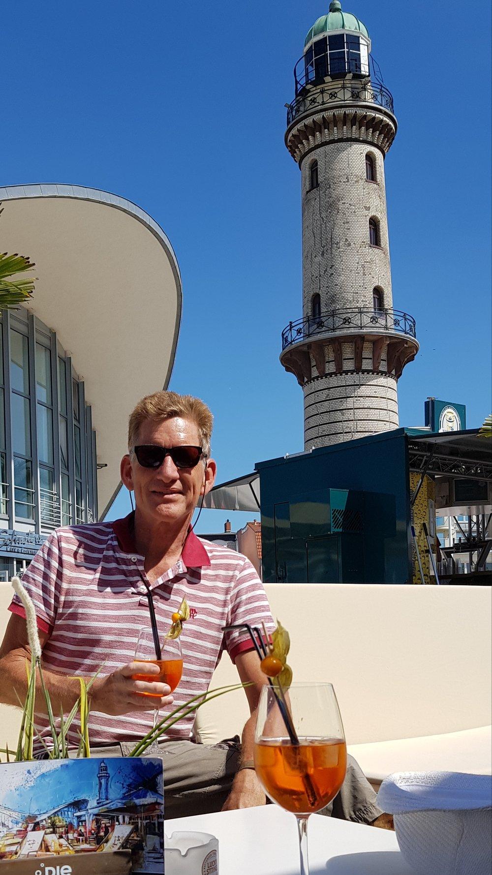 Warnemünde Leuchtturm.jpg