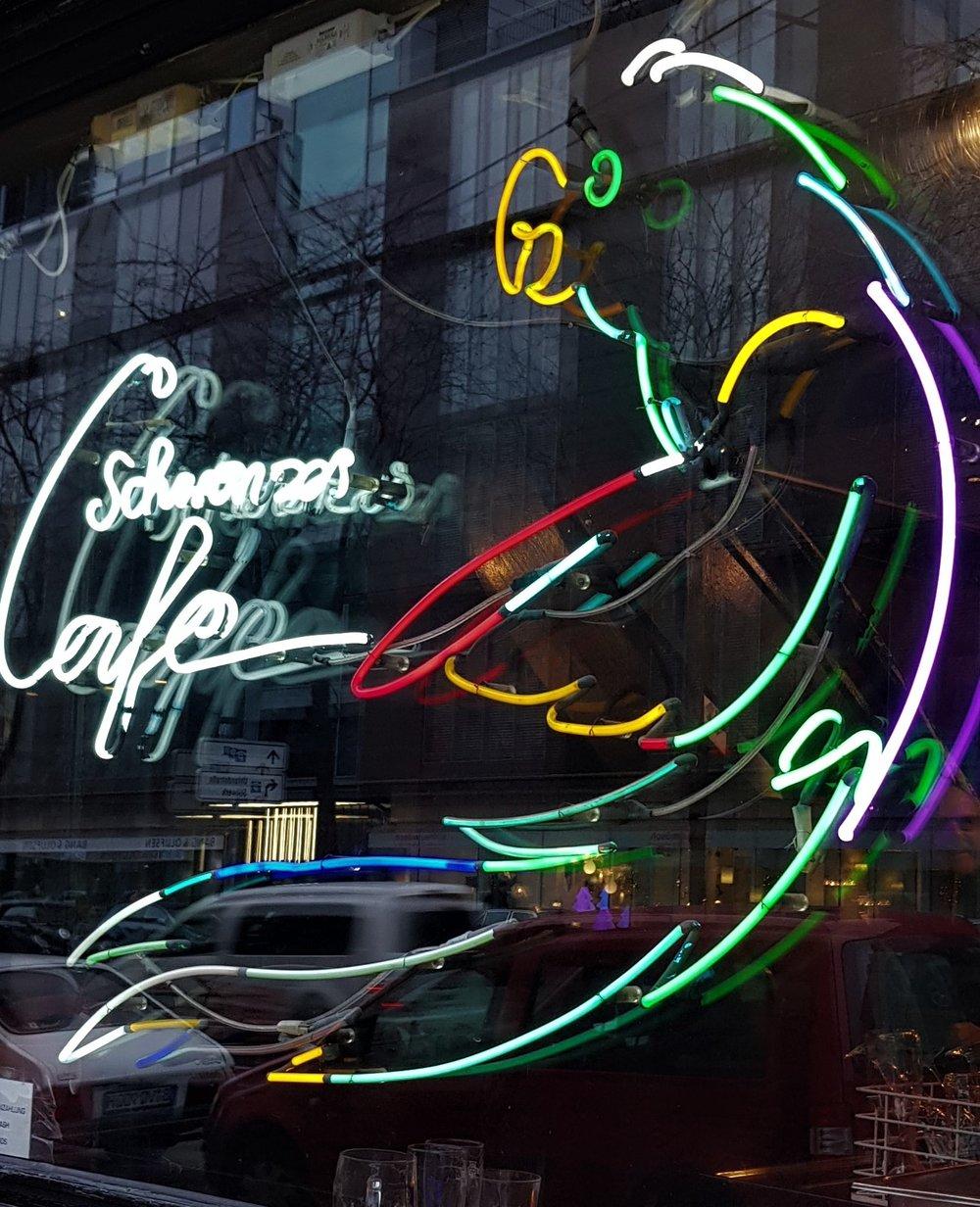 Schwarzes Cafe grad60.jpg