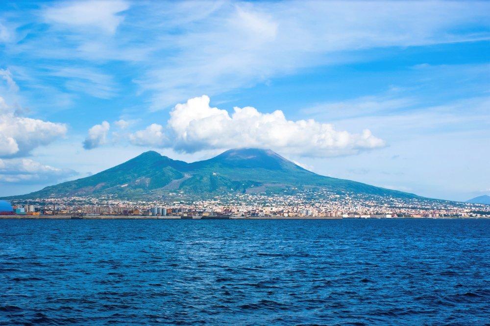 Mount Vesuvius,Stratovolcano in Italy