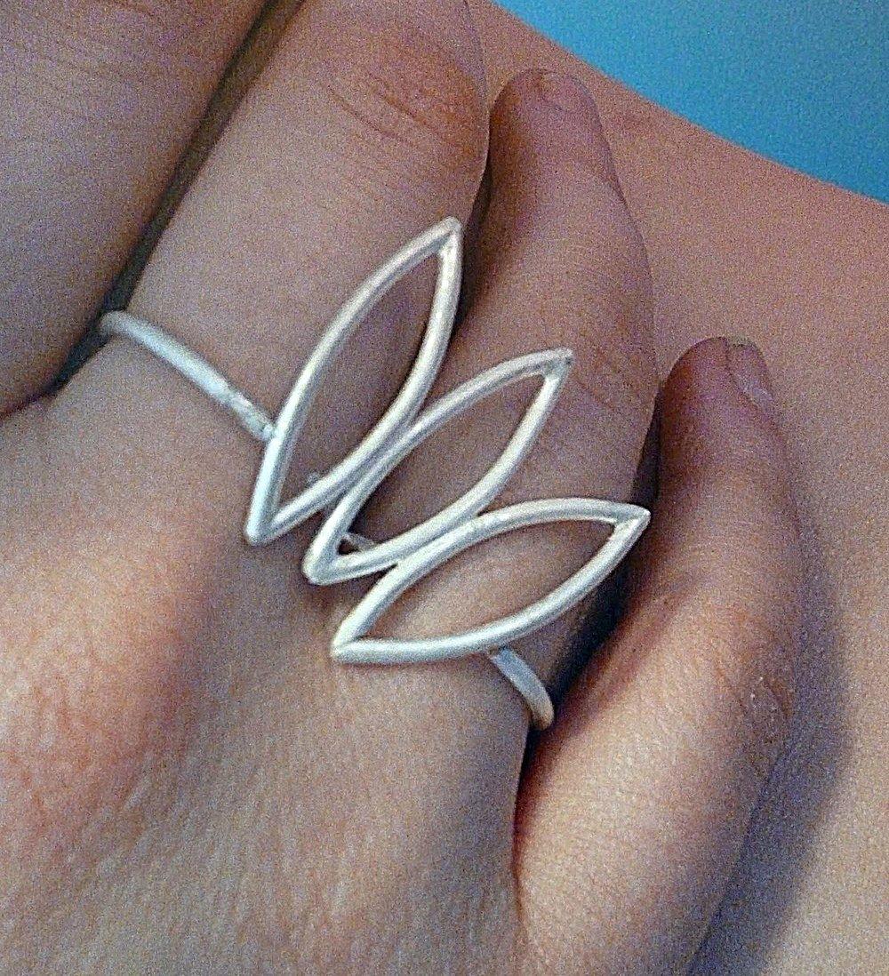 Petal ring 2.jpg