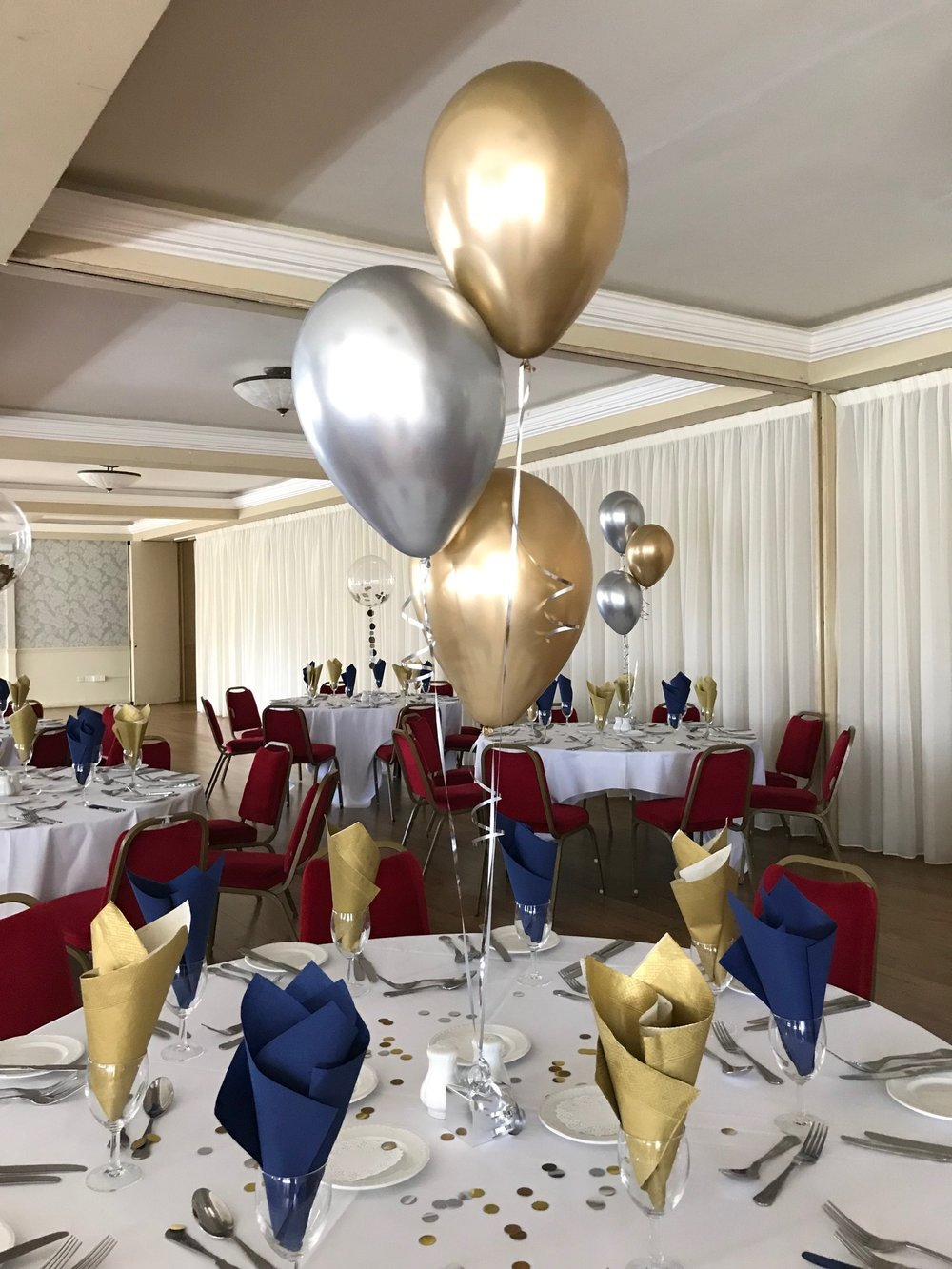 Silver and Gold Chrome 3 Balloon Display.jpg