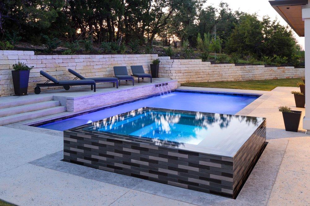 Lakeway Custom Pool