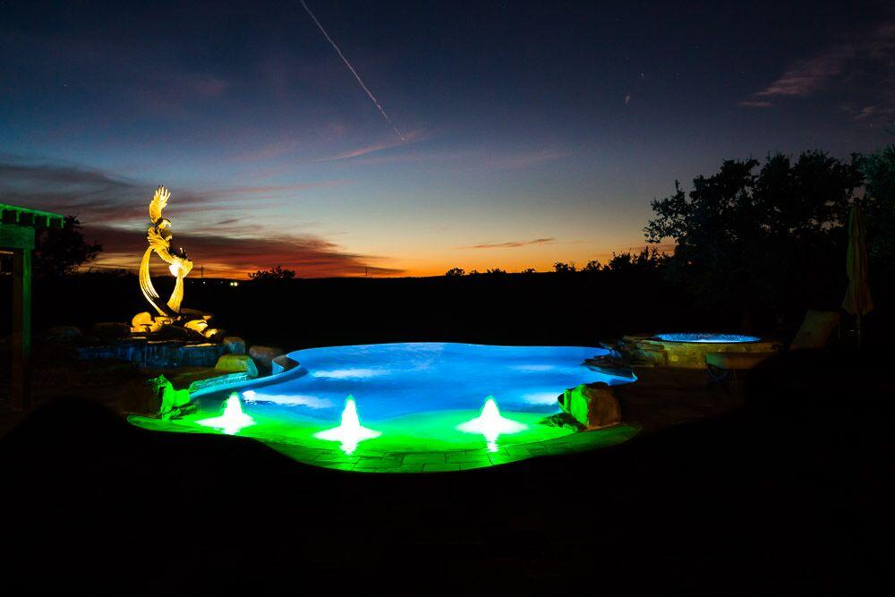 Custom pool builder in Spicewood, TX
