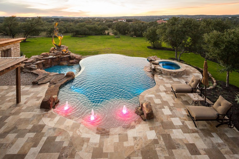 Outdoor living spaces in Spicewood, TX