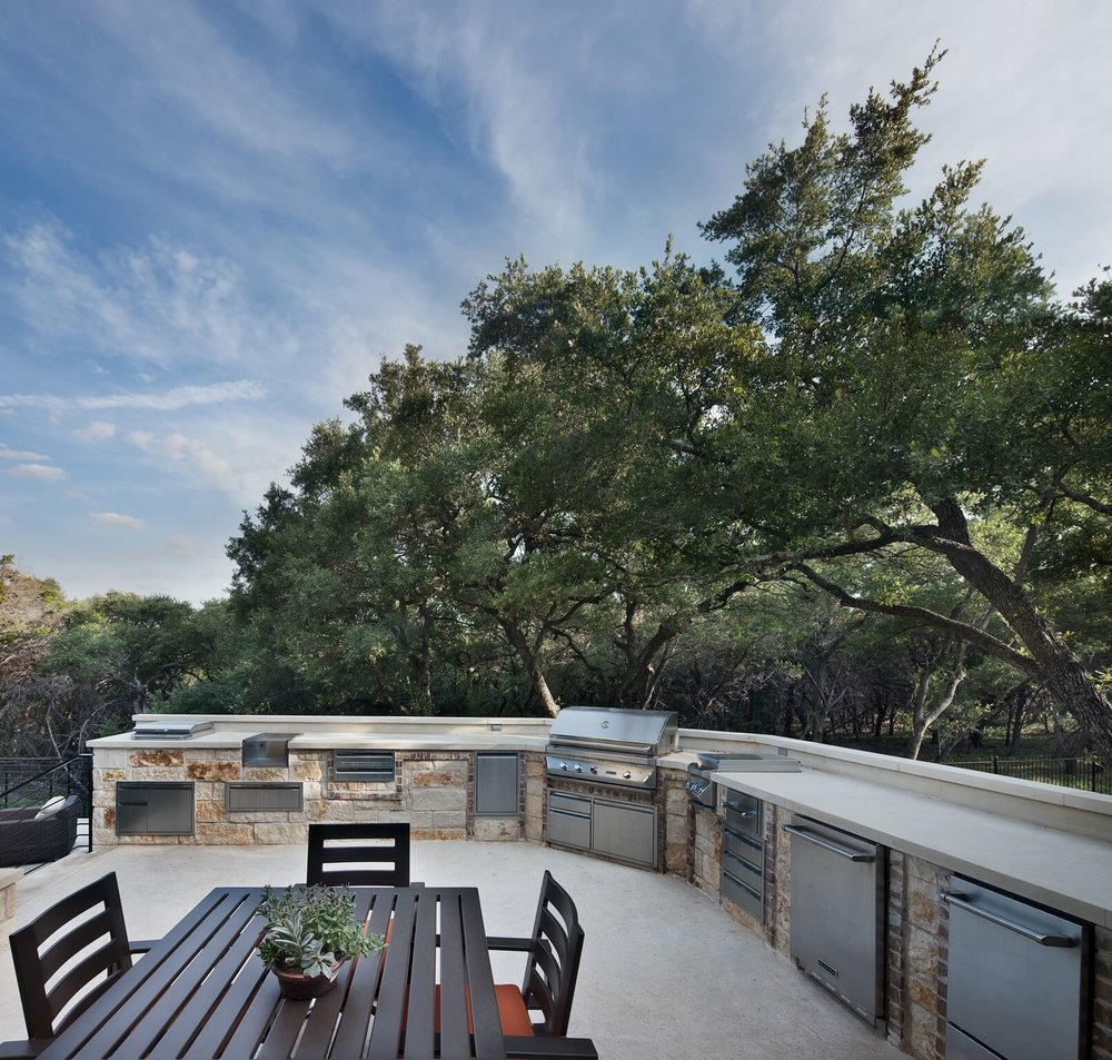 Custom Outdoor Kitchen near Lake Austin