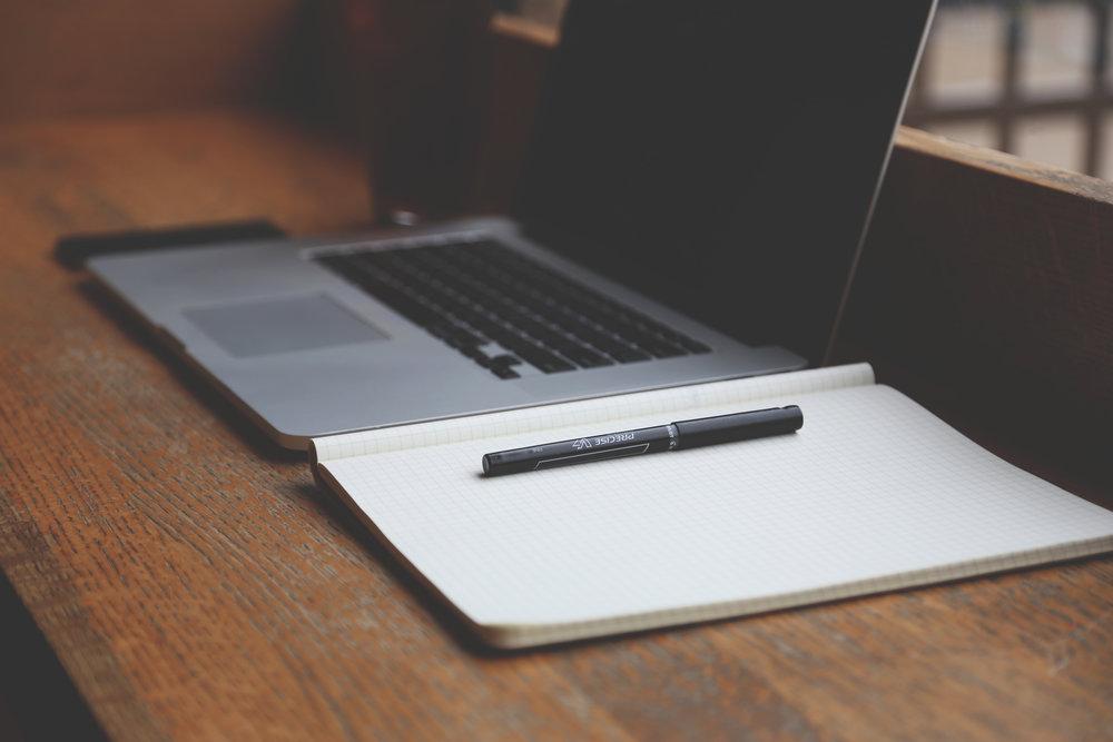 notebook-computer-chill-relax.jpg