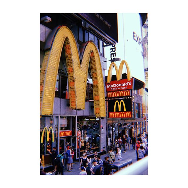Maccas -Times Square 👌🏼 . . .  #newyork #nyc #timessquare #photography #photooftheday #canonphotography #canon80d #architecture #building #pale #blue #architecturephotography #street #city #ny #manhattan #chelsea #greenwich #travelphotography #travel
