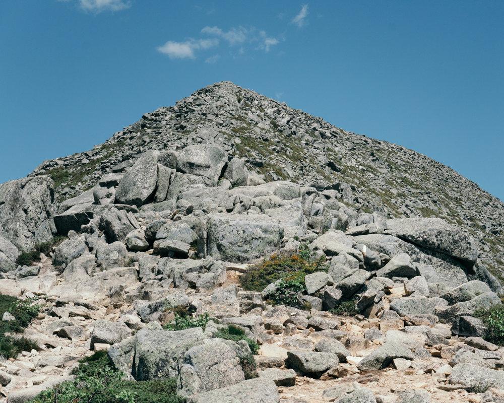 Hunt Trail Boulders