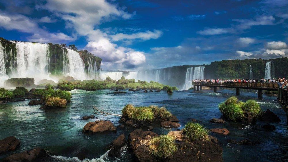 Argentina-Iguazu-Falls-Walking-Tour1-1600x900.jpg