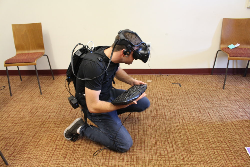 hp-z-vive-backpack