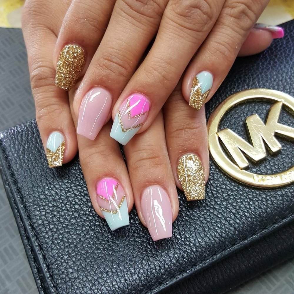 Diamond Nails and Spa