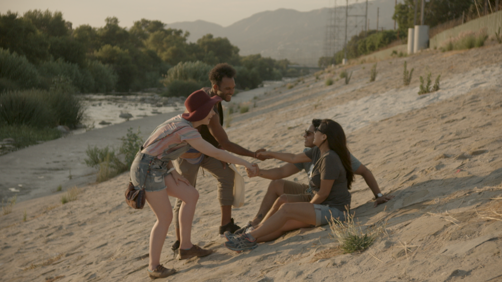 HANDSHAKE BEST COLOR.png