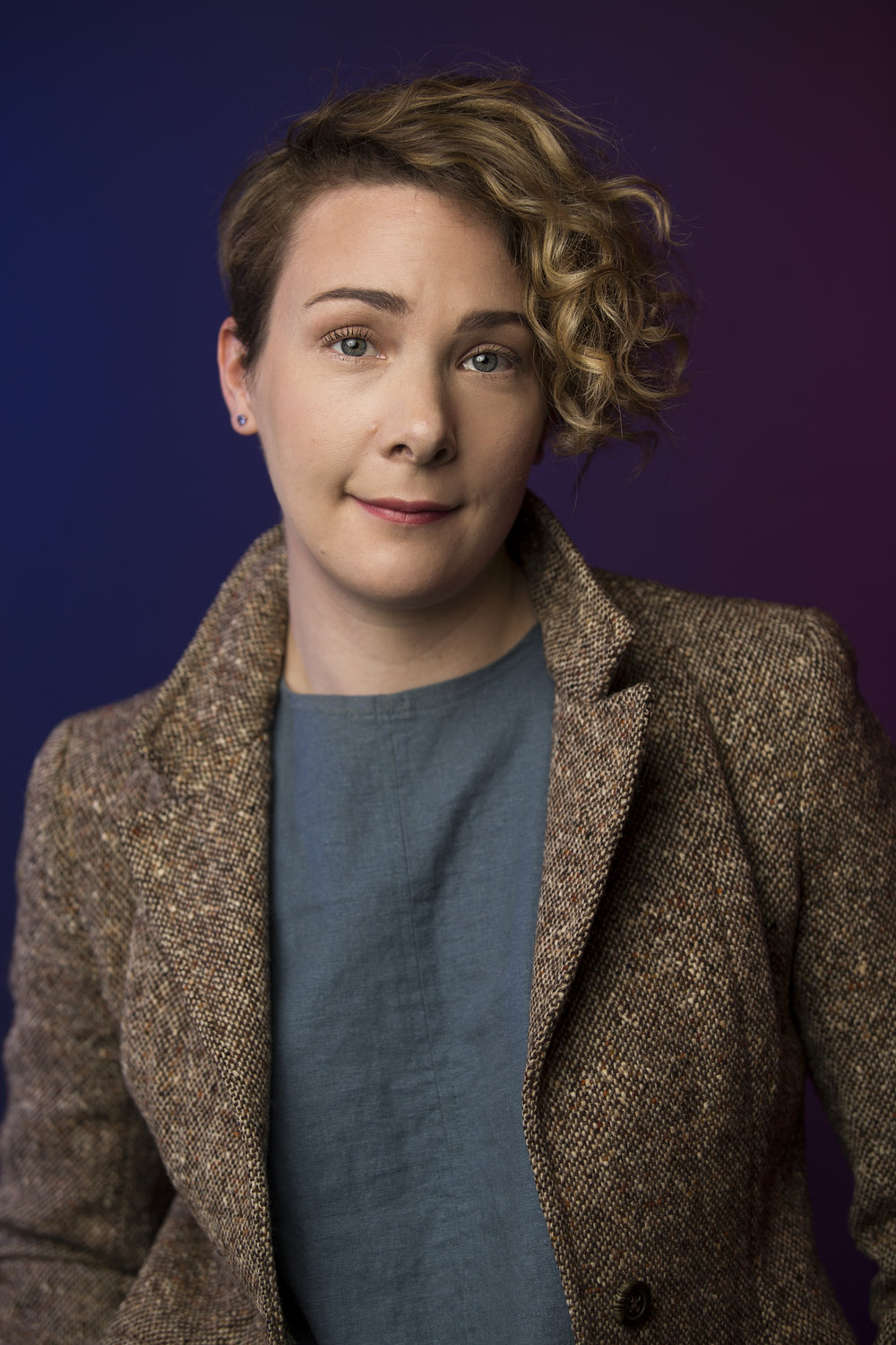 "HONORA TALBOTT (Director, Writer, & 'Billi') - Honora is a director and comedian and yep, the ""H"" is silent. Originally a classically trained actor with grandiose dreams of one day murdering some Off-Broadway Moliere, she first received a B.A. in Theater from Amherst College. But after studying comedy at UCB, I.O West, and The Groundlings, she started creating her own work and never looked back. Her feminist and socio-political satirical sketches have been featured many times in top blogs (like Huffington Post, the AV Club, Bustle, US Weekly, Entertainment Weekly, and more) and shared by celebrities like Elizabeth Banks and LA's Mayor Eric Garcetti. Behind the camera, she's directed sketches produced by AwesomenessTV and learned as much she could about directing and television writing working as showrunner's assistant on Emmy Award winning Master of None. As a writer, her TV Spec Script is a FINALIST in the AUSTIN FILM FESTIVAL and won GRAND PRIZE in the Hollywood Screenplay Contest. She was also a Quarterfinalist in We Screenplay's TV Contest, Screencraft's Comedy Screenplay Contest and the Creative World Awards. We Know Where You Live is her first short film. It's screened at five Oscar Qualifying Festivals and is a NBCU SHORT FILM FESTIVAL FINALIST."
