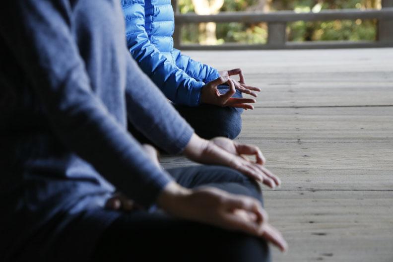 InStudio-zazen-sugata-retreats-kamakura.jpg