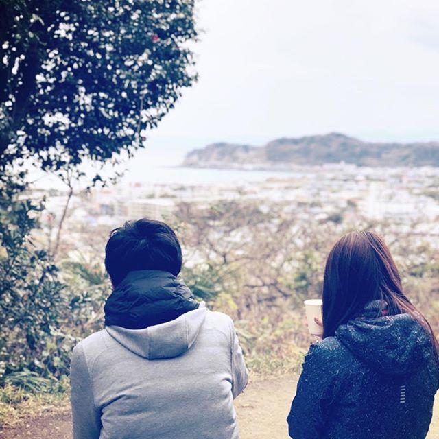 鎌倉で過ごす休日は、観光名所から離れた場所でひと休み。⠀ 午前中はピラティス、午後はハイキングでしっかりカラダを動かして、途中で海を見下ろしながらのんびり休憩。⠀ ご家族でのご参加もお待ちしております。⠀ ⠀ ホワイトデーのお返しにいかがでしょうか?⠀ @sow_experience  #sugata #sugatakamakura #sugataaoyama  #sugataretreats  #kamakura #valentine  #whiteday  #鎌倉 #ヨガ #ピラティス #海 #山 #ホワイトデーお返し  #体験ギフト
