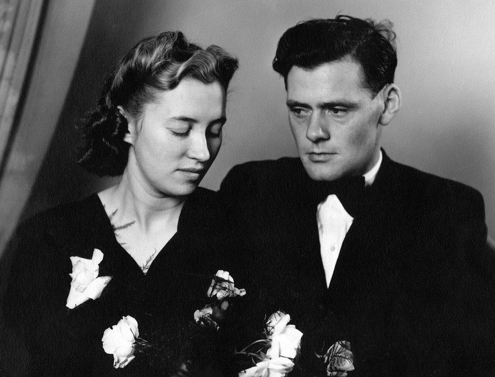 Guðný Pálsdóttir og Skúli Magnússon. Brúðkaupsmynd 1947