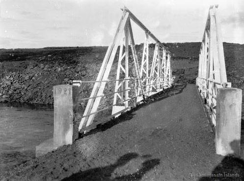Gamla brúin á Brúará hjá Spóastöðum, byggð 1921
