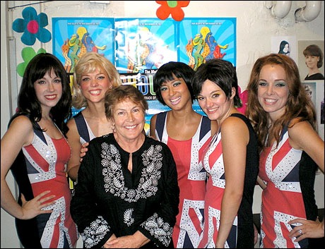 Helen Reddy visiting the cast of  Shout! the Mod Musical