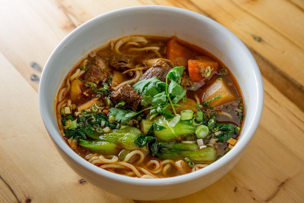 braised_beef_noodle_soup_1223.jpg