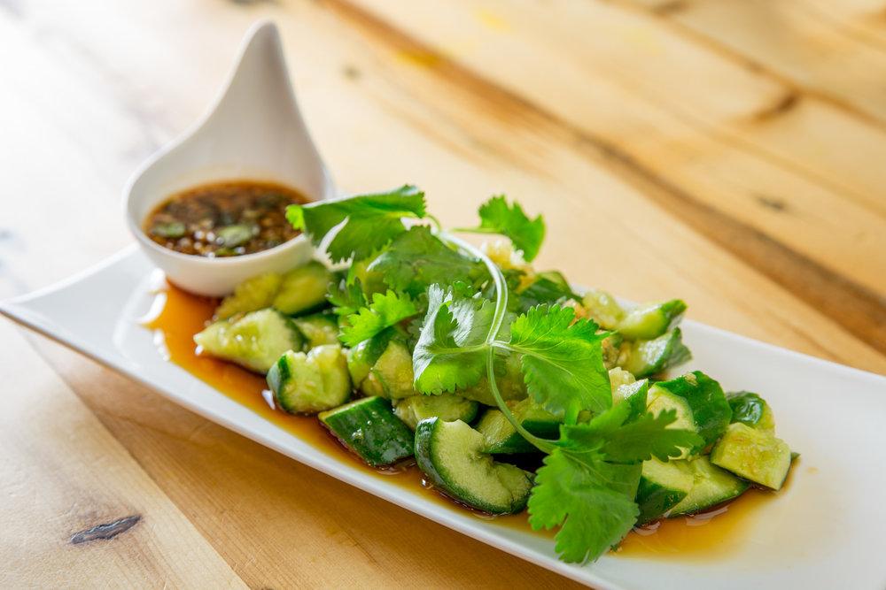 cucumber_garlic_sauce_1216.jpg