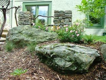 boulder colums rose.jpg