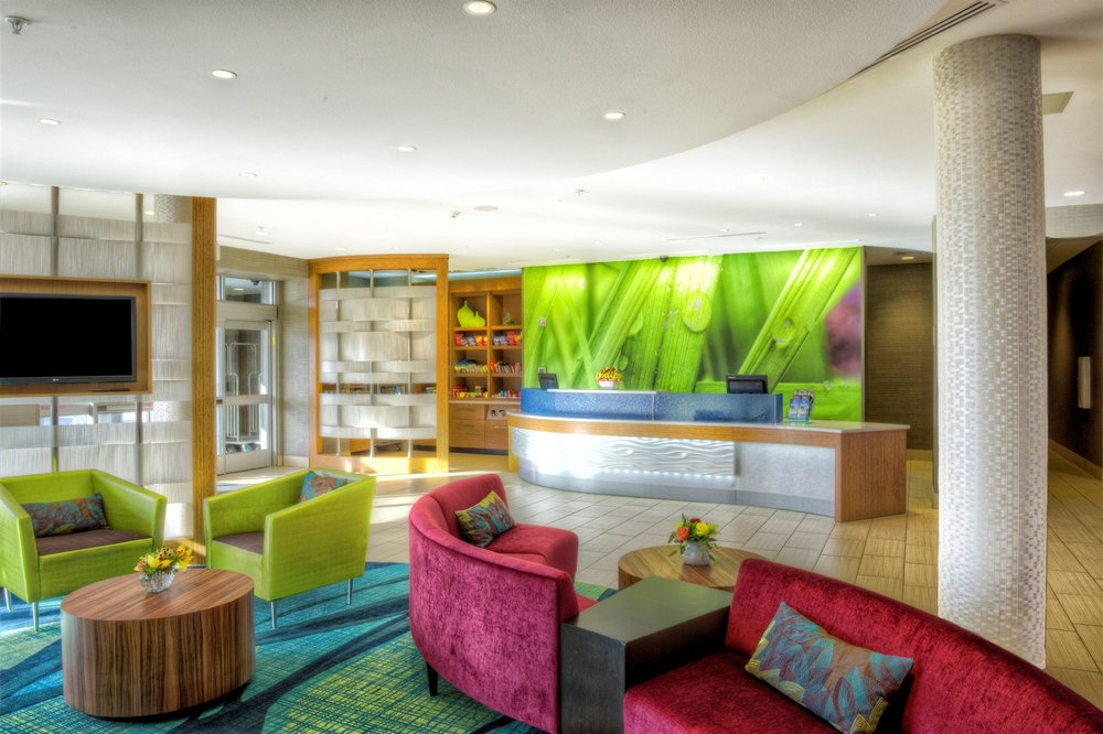 reception-desk-and-lobby-area.jpg