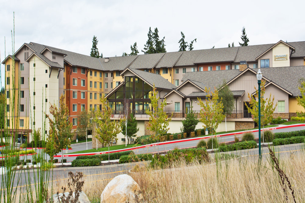 PAEMU_Staybridge_Suites_Seattle_North_exterior-2.jpg