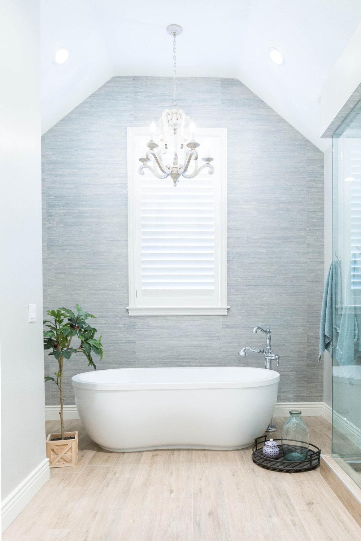 Rectified tile bathroom floor