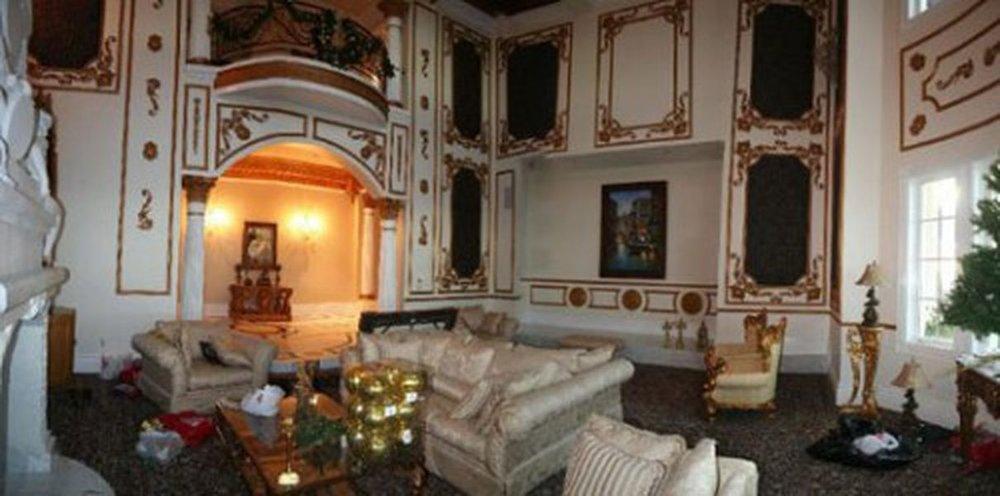 Villa Bellissima Estate Boiserie wood paneling.jpg