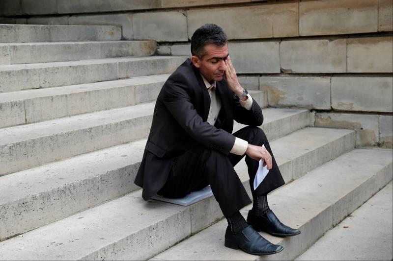 halabja victim tribunal stairs.jpg