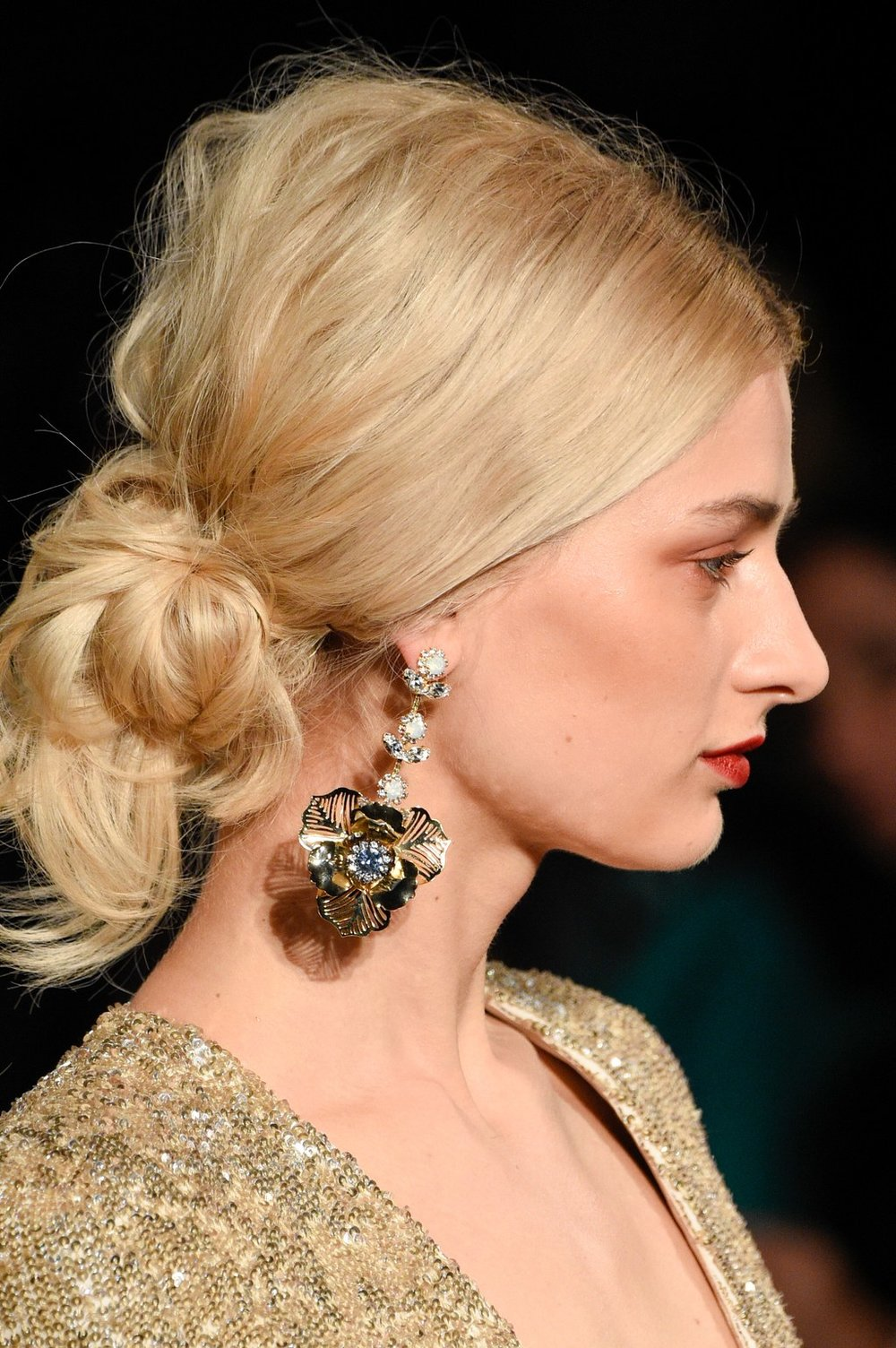 PHOTO: PETER WHITE; HAIR BY PETER GRAY FOR CUTLER/REDKEN SALONS  The New Classic Bun at Badgley Mischka