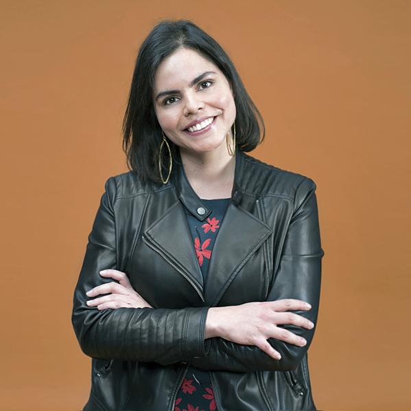 Elina CoronaCo-fundadora, Directora de Alianzas Estratégicas. - Licenciada en Economía por la UNAM. Experta en innovación, tecnología y venture capital. Fue Subdirectora de Financiamiento Alternativo en la Secretaría de Economía y ha colaborado en la creación de plataformas digitales..