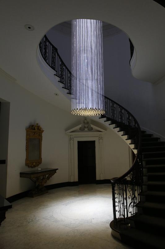 BellChandelier_in stairwell_CG_BruceMunro_web-2.jpg