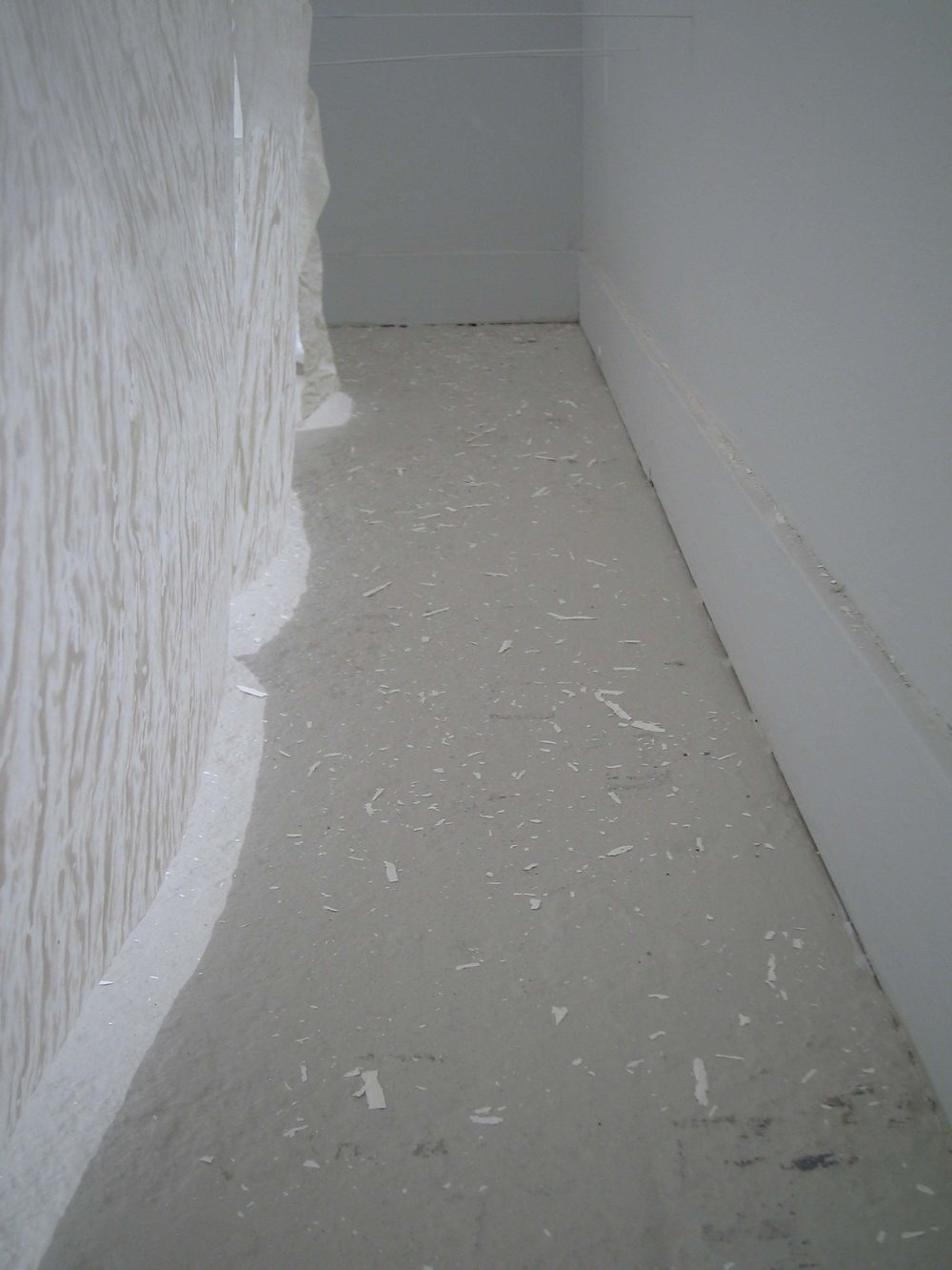 Enveloping (floor detail)
