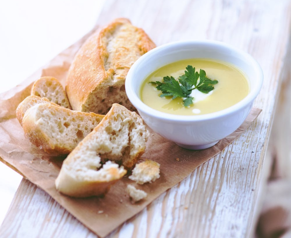 Learn to make This Potato Leek Soup with crusty french baguette in your own kitchen.
