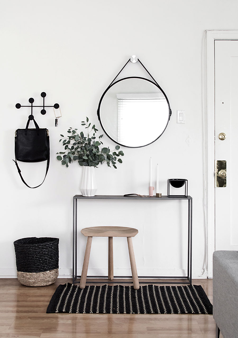 6-Essentials-for-a-Functional-Entryway.jpg