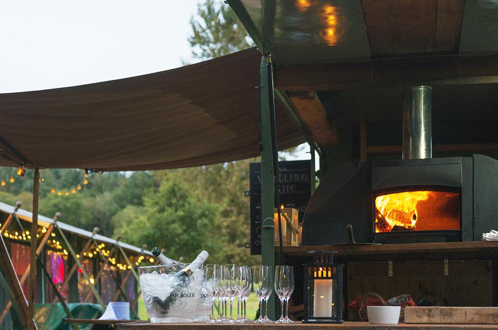 tent_foodtruck_loyton.jpg