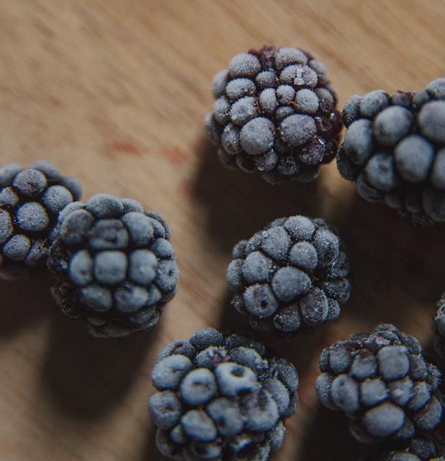 frozen-blackberries.jpg