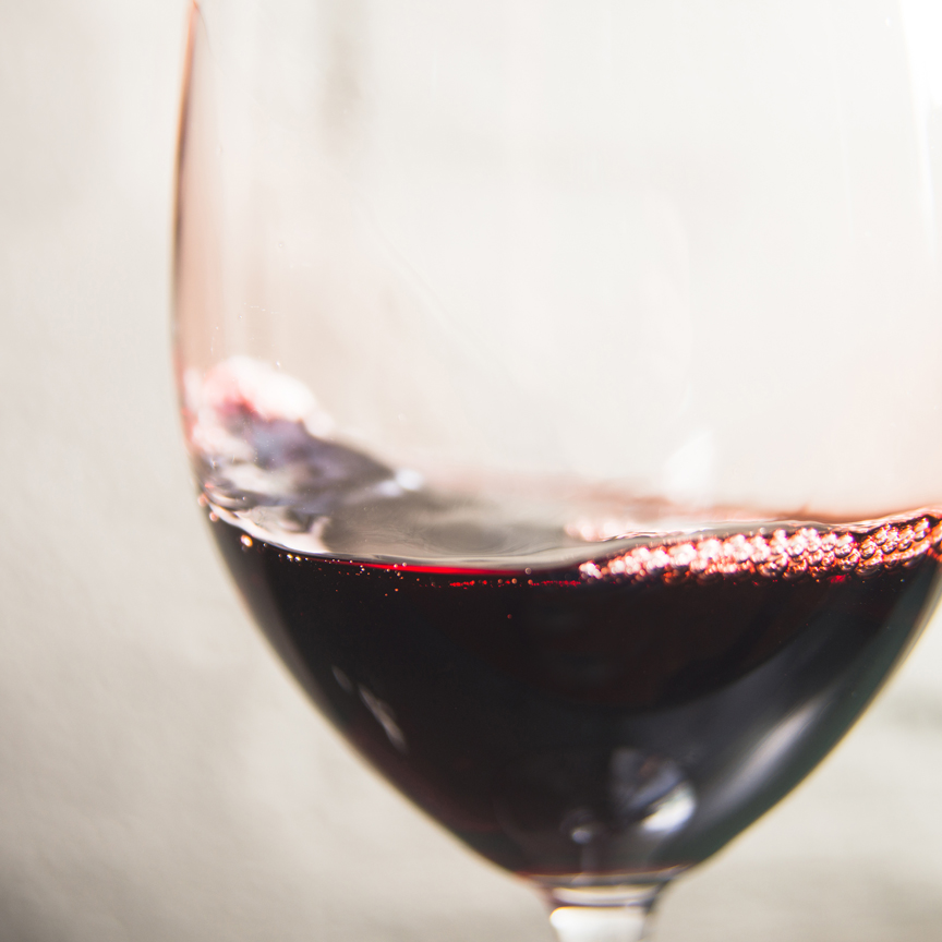 red-wine-Loyton.jpg