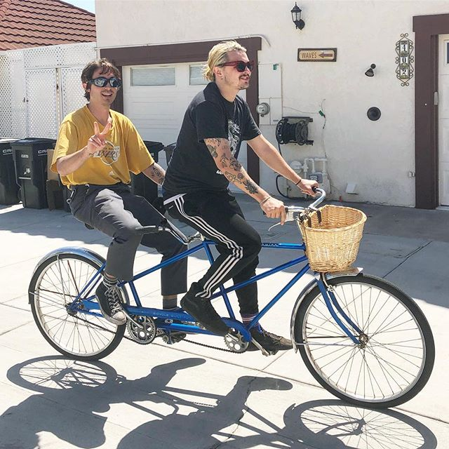 2guys 1bike no regrets!