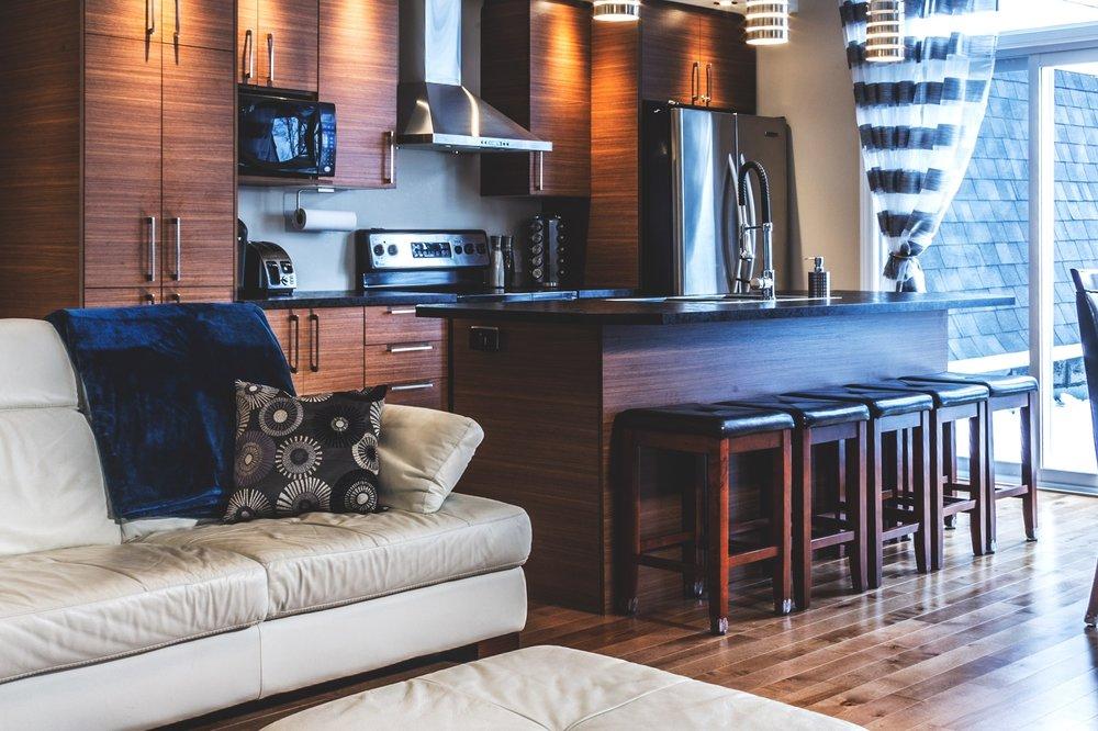 upstairs-Kitchen.jpg